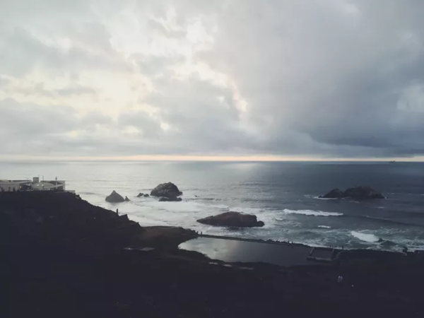 lands end 看日落时候的风景.png